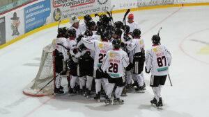 Red Lions Reinach, Auswärtssieg zum Saisonauftakt beim EHC Wetzikon